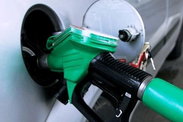 تأجيل أسعار البنزين المملكة