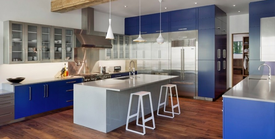 acdn.freshome.com_wp_content_uploads_2015_09_blue_kitchen_cabinets_890x450.