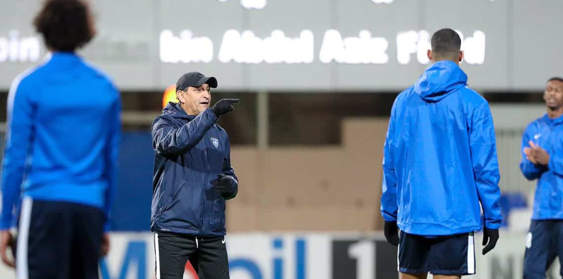 مدرب الهلال يطلب لاعبًا من قارة أمريكا الجنوبية بديلًا للمهاجم ماتياس