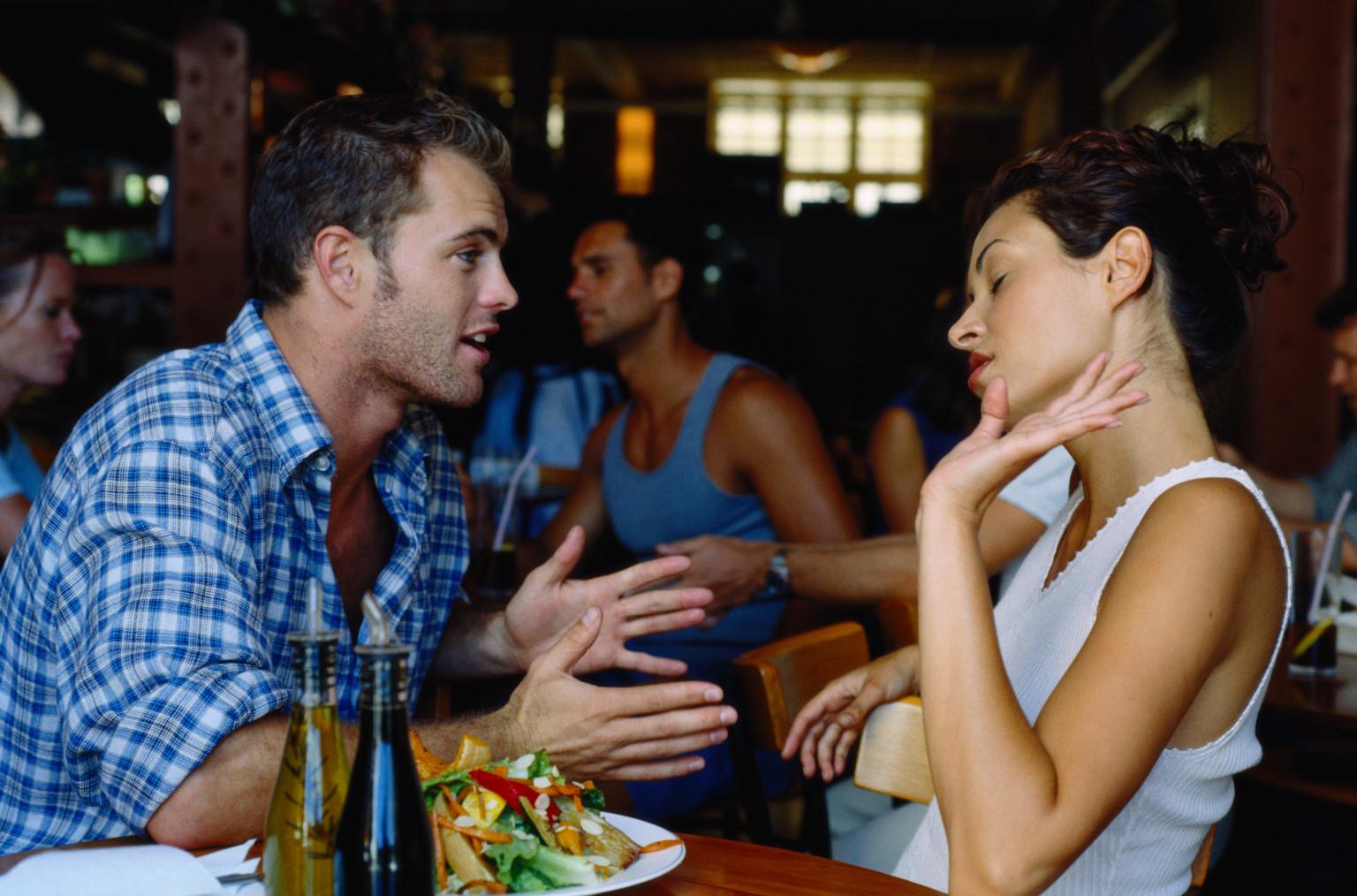 awww.couplescounselingchicago.net_wp_content_uploads_2014_11_couples_arguing.