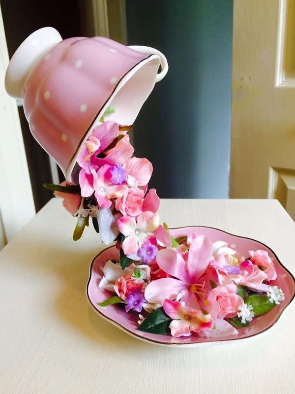 3bb0bd89a76a51f4d69a6554d21a9aeb--teacup-crafts-teacup-art.