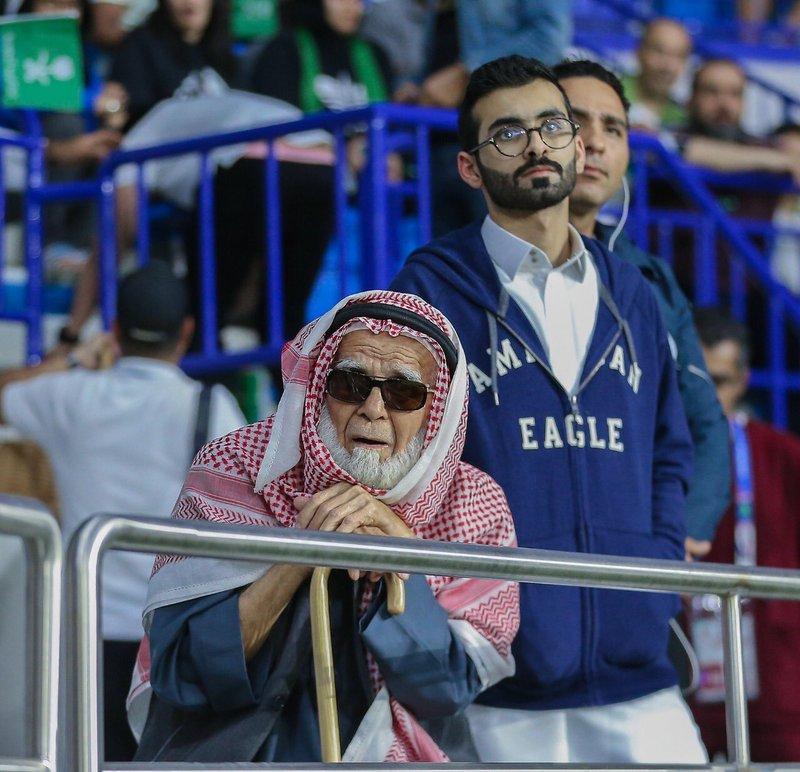 اتحاد القدم يتفاعل المشجع المسن(الباهلي) اتحاد القدم يتفاعل المشجع المسن(الباهلي)